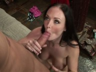 Vidéo porno mobile : Warm welcome in her wet pussy